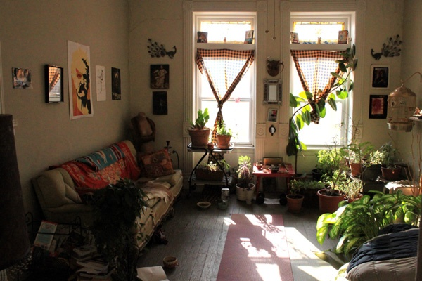 Spore Home Stay Artist Residency Call for Artist