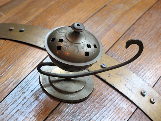 Magic Lamp Incense Holder